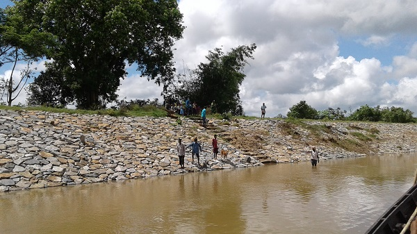 Village disaster management committee at Chadnamkhana persistently engaged with the minor irrigation department for stone-patching of Subarnarekha river bank