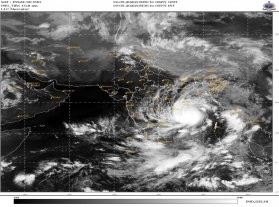 Oxfam India Prepares Ahead of Cyclone Amphan Landfall