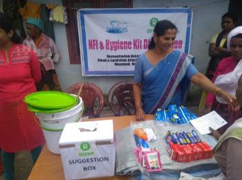 Distribution of hygiene kits to people affected by the Kerala floods