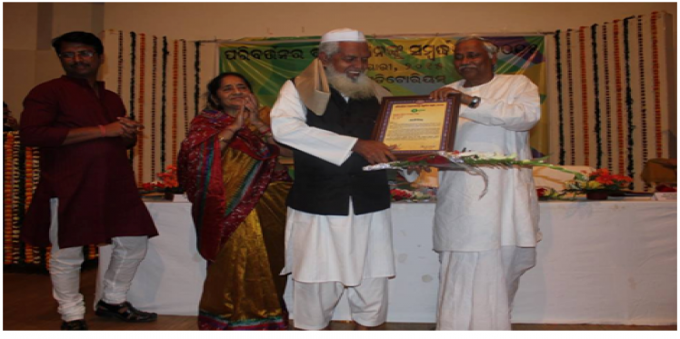Oxfam India honours 19 'Agents of Change' in Odisha