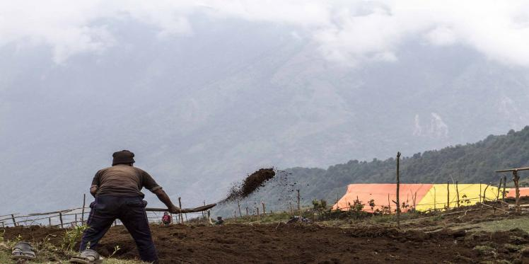 New worry for Nepal; landslides, floods may block relief work
