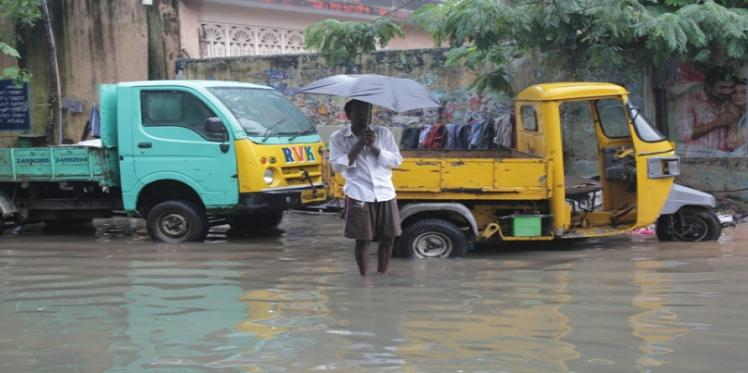 Here's how Oxfam is responding to the #ChennaiFloods