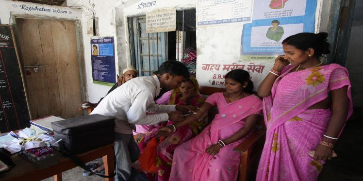 Outsourcing of Mobile Medical Units in Chhattisgarh, A Case Study
