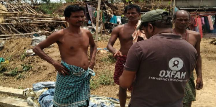 Oxfam responds in cyclone-hit Odisha with dry food and temporary shelter.