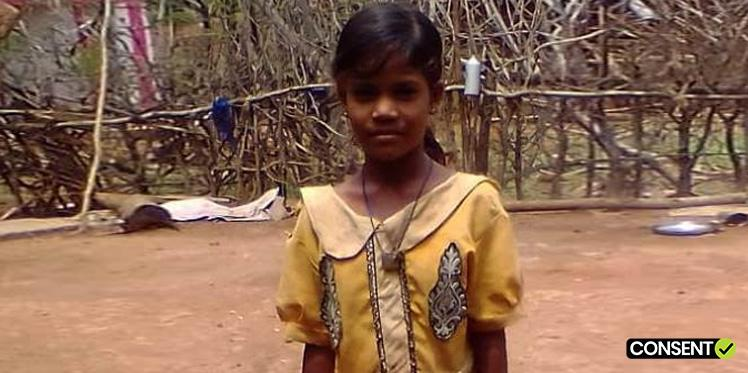 Oxfam India works with Baiga community to enable them to send their children to school.